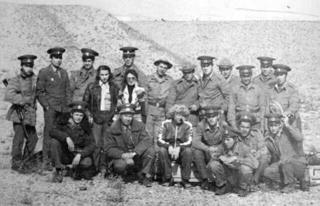 Концертная бригада у Суруби (1982 год)